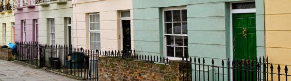 UK housebuilders mixed on future