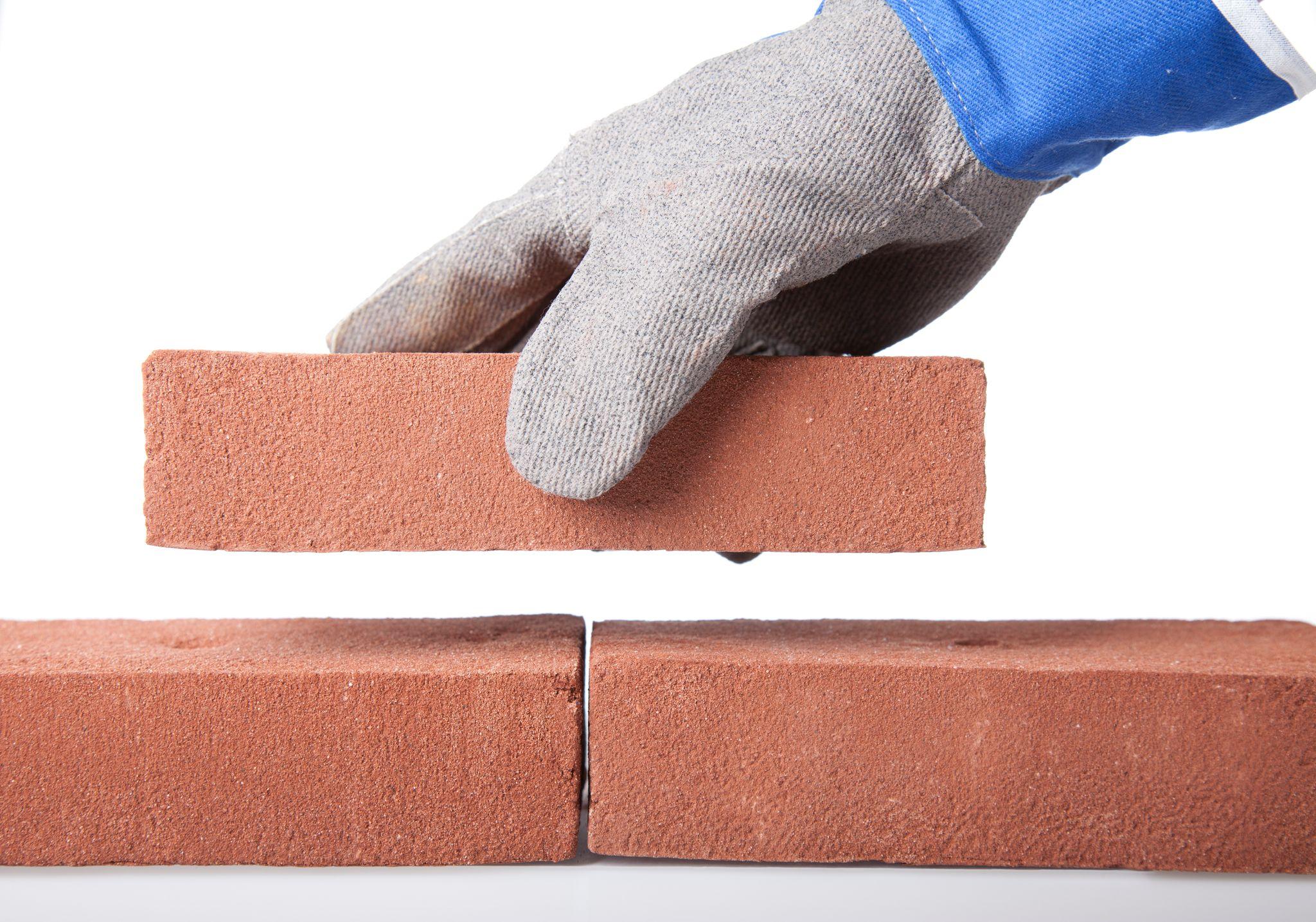 How to Pour a DIY Concrete Slab Patio